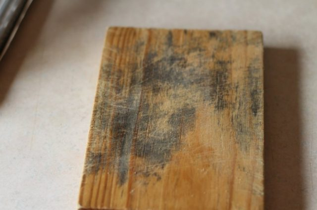 Tips On How To Remove Mold From Wood